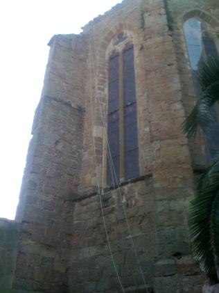 Dévégétalisation église Saint Etienne - TREBES (après)